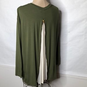 Composed zip pleated chiffon back top